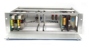 Neumann 2:6 Verteilverstärker | 2x V 482B-6 gerackt mit PSU