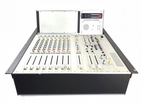 EMT  10 Kanal Analogmischpult Type 10.10.2