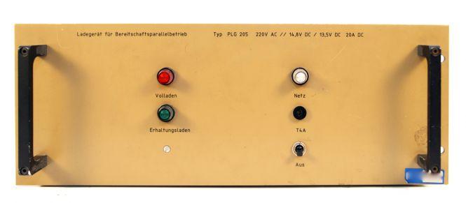 Sadowski Ladegerät für 12V Batterie (LKW. Ü-Wagen) Typ PLG 205